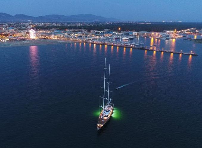 Lo yacht più bello al mondo è di Dante O. Benini