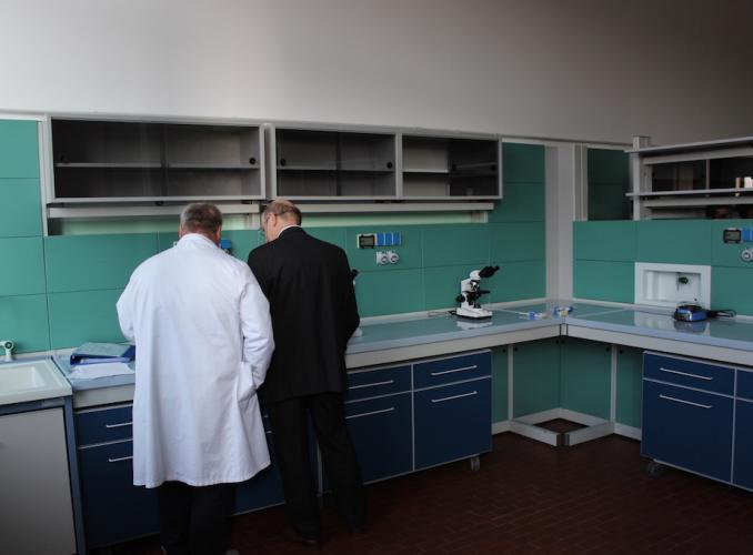 Istituto Natta. Laboratori di chimica