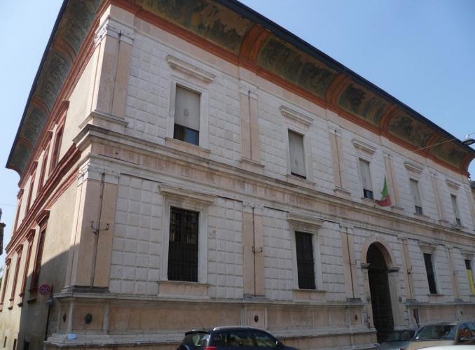 Palazzo Eliseo Raimondi